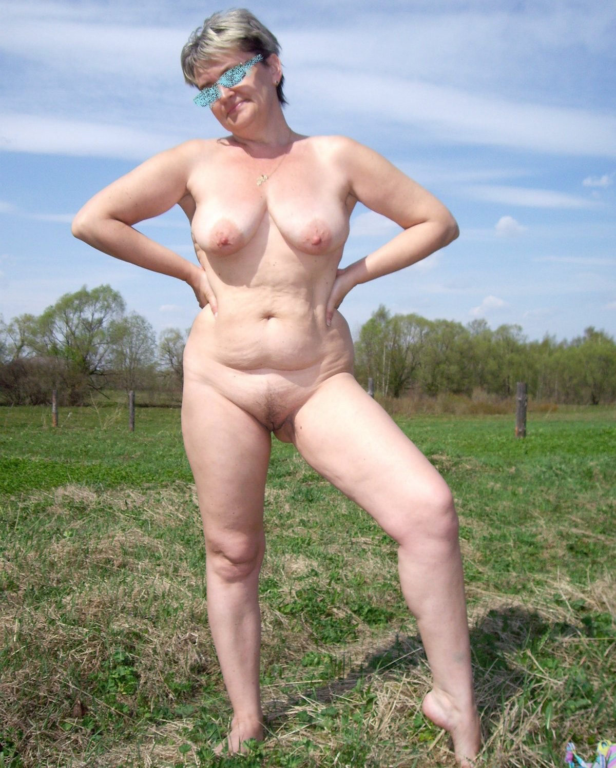 Completely naked in public parking lot in tampa florida 3